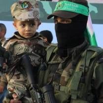 Children-in-Hamas-Summer-Gamp